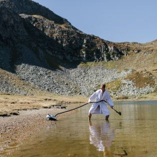 Münchner Gesichter: Calippo Schmutz staubsaugt im Alpenidyll