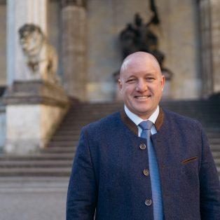 Kommunalwahl 2020: Bayernpartei OB-Kandidat Richard Progl im Interview