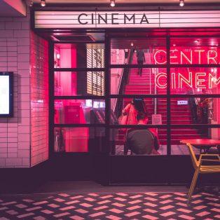 Rettet das Kino oder Kinofilme trotz Corona