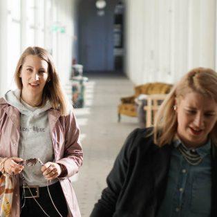 Münchner Gesichter #drinnenbleiben Edition: Isabella und Janette von i+j van der Weck