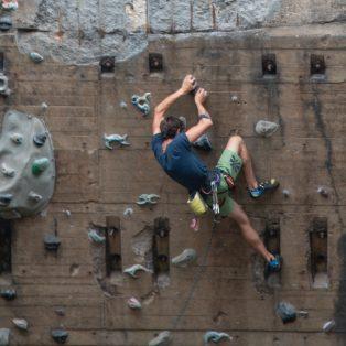 Bouldern an der Isar? Urban Climbing in München
