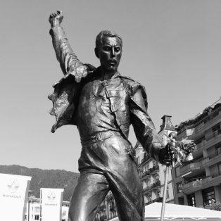 Mit einer Straße verewigt: Freddie Mercury in München