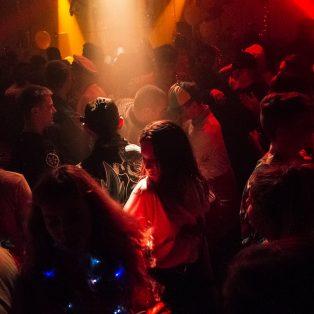 Illegale Raves in München und wo sie zu finden sind