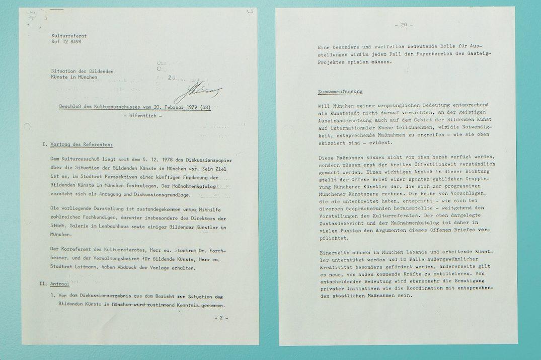 """Stadtratbeschluss von 1979 – Originaldokument – Foto vom """"Archiv der subjektiven Erinnerungen"""" von UnDesignUnit im Rahmen der Ausstellung """"over13 – reflections on an art space"""""""