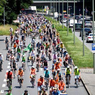 #aussteigen – Aktuelles zu den Anti-IAA-Demos