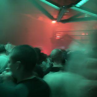 Vino, Perso, Impfpass – Die erste Club-Nacht nach der Pandemie